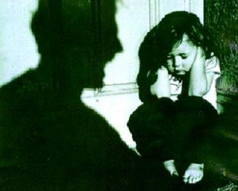 Los médicos ante los malos tratos infantiles