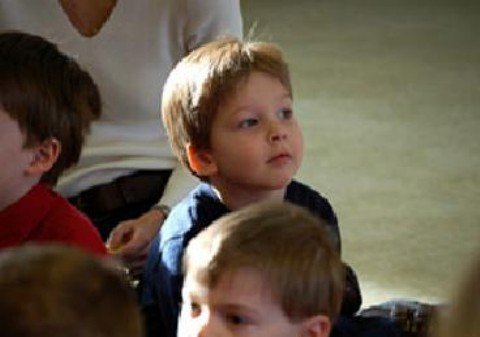 Niños distraídos