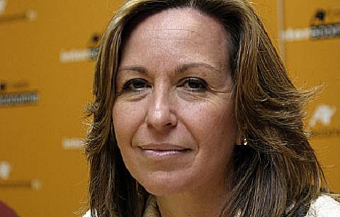 La Ministra de Sanidad considera bien ajustados los protocolos para detectar maltrato infantil