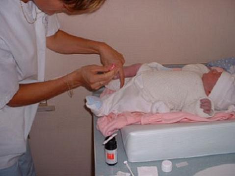 Controversia en EEUU por las muestras de sangre de los bebés