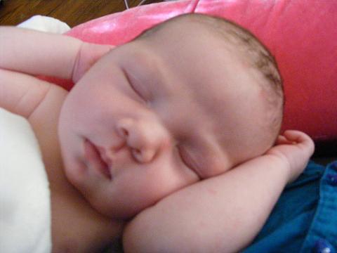 La siesta ayuda a los bebés a establecer lo aprendido