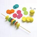 manualidades un gusano de colores1