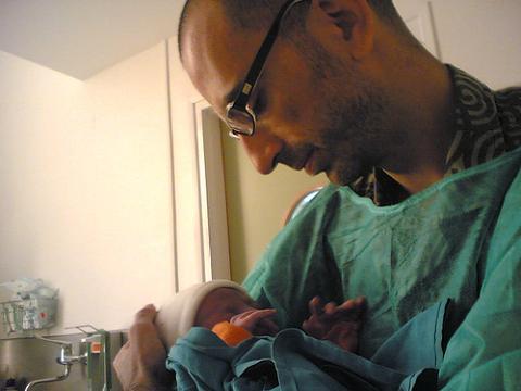 El Hospital Clínico de Málaga mejora la atención al parto