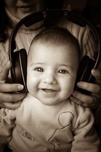 Escuchar a Mozart no hace que el bebé sea más inteligente