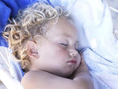 la siesta: un bien necesario para los niños