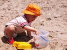 Precauciones para viajar con un bebé a un país tropical