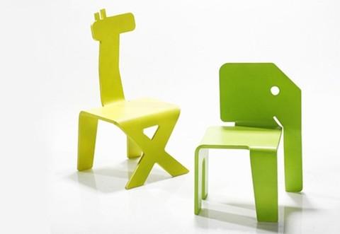 sillas infantiles con formas de animales