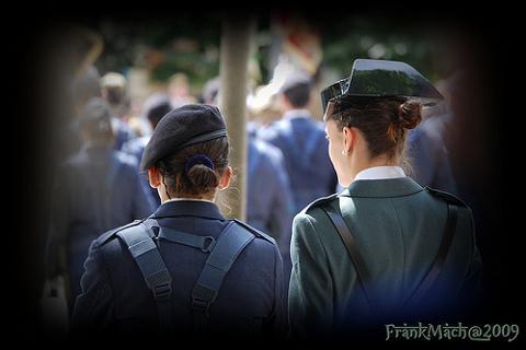 Discriminada en el ejército por estar embarazada
