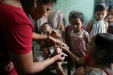 Las vacunas que protregen a nuestros bebés: Hepatitis B