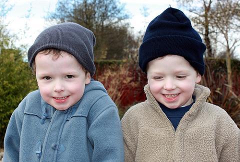 Los gemelos idénticos no lo son genéticamente