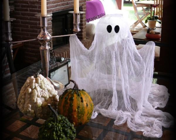 fantasma de gasa para Halloween 1
