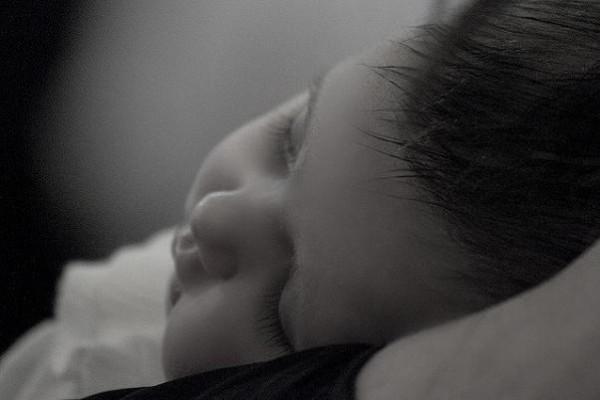 Cierran la guardería con un bebé dentro
