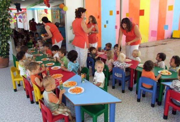 Ferrol dará una beca de 600 euros a los niños nacidos en el municipio