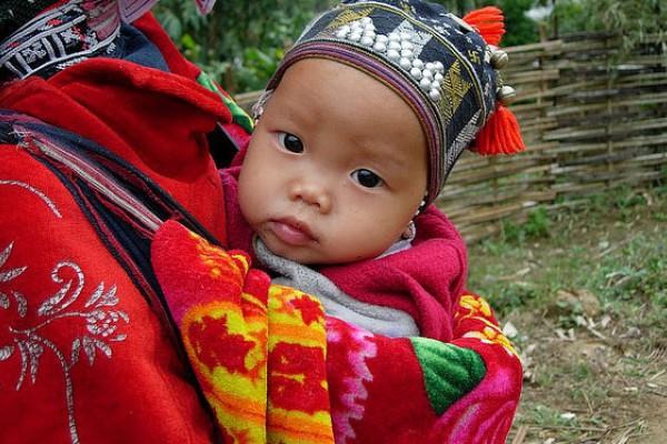 Los bebés vietnamitas sin pañal a los 9 meses