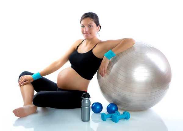 El ejercicio regular durante el embarazo disminuye el riesgo de cesáreas