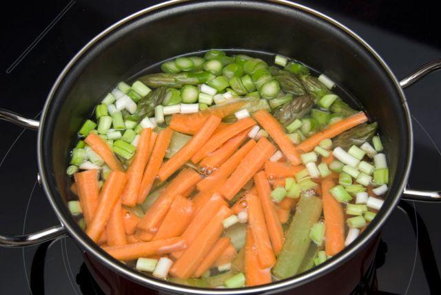 Consejos para cocinar las primeras verduras del bebé