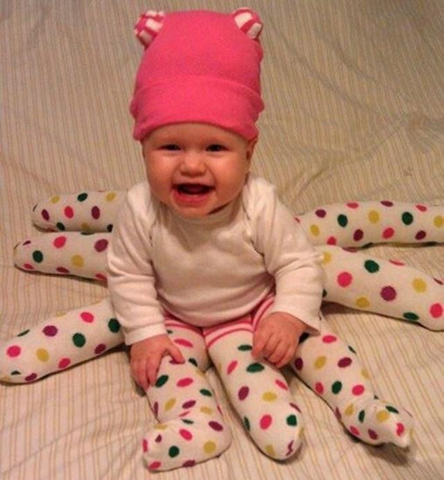 Disfraz casero para halloween beb pulpo - Como hacer un disfraz de bebe ...
