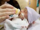 La voz de la madre ayuda a comer a los bebés prematuros