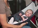Los bebés necesitarán su billete para viajar en Renfe, aunque es gratuito