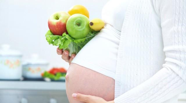 Más de la mitad de las embarazadas no se alimenta bien
