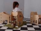 Mobiliario infantil: una casa de muñecas que también es silla