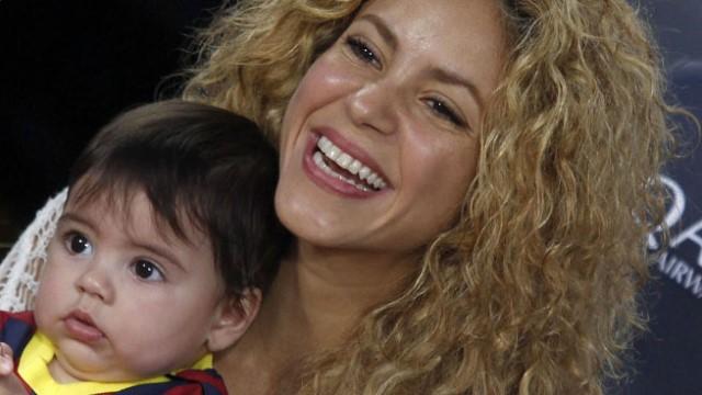 Shakira diseñadora de juguetes para bebés