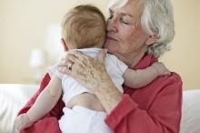 Las abuelas son claves para la supervivencia de la humanidad