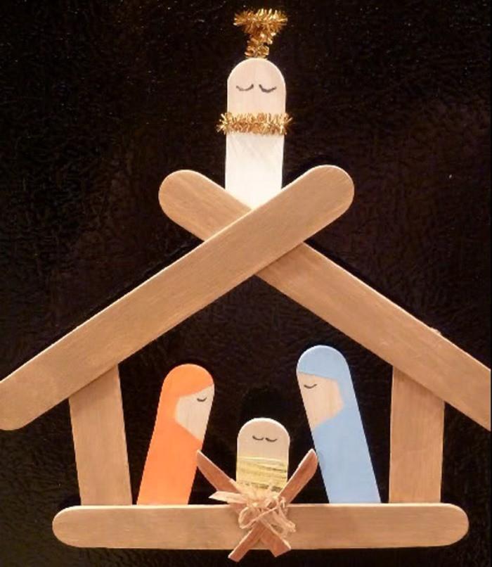 Manualidades de navidad bel n con palos de helado for Manualidades decorativas para la casa