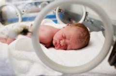 Más esperanza de vida para los bebés extremadamente prematuros