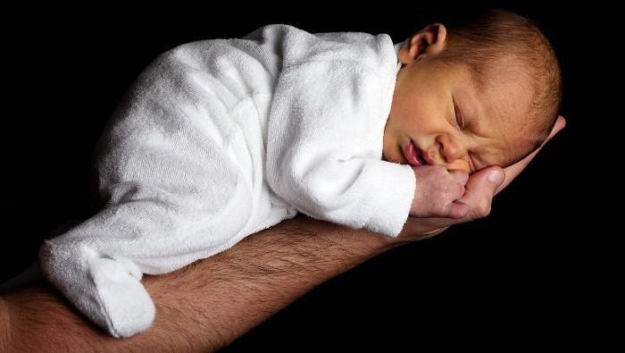 Soy Padre: Cuidado con el cuello del bebé