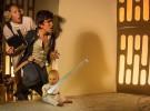 Materiales reciclados y un bebé para un proyecto fotográfico de cine