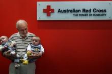 Un hombre salva la vida de dos millones de bebés