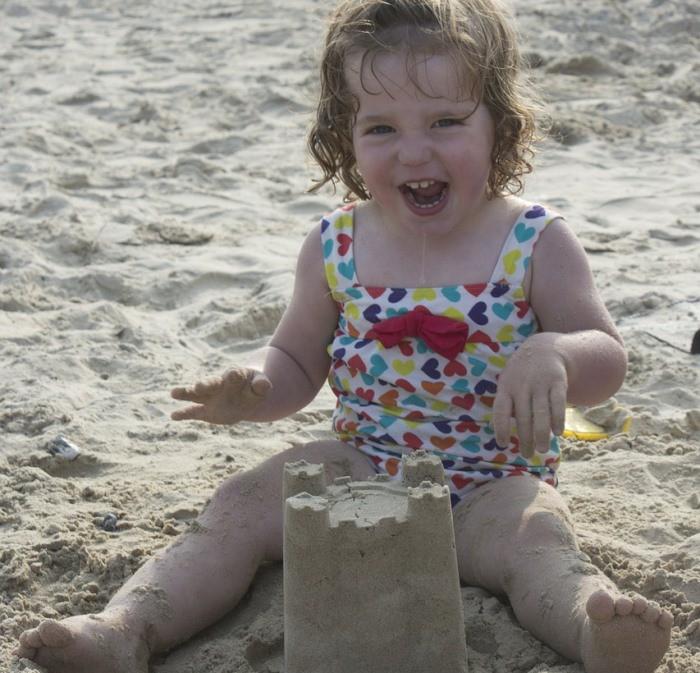 disfrutar playa con bebé