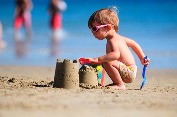 juegos bebés y playa