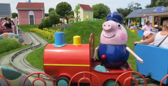 parque de atracciones peppa pig (2)