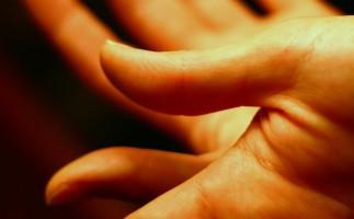 ¿Tienes picazón en las manos? Consulta con tu médico