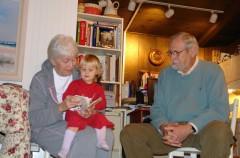 A debate: Permiso de maternidad para los abuelos