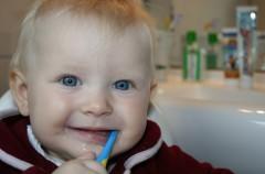 Soy Padre: Con sus primeros dientes, cuidado con las mordeduras