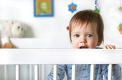 La cuna del bebé y sus características esenciales