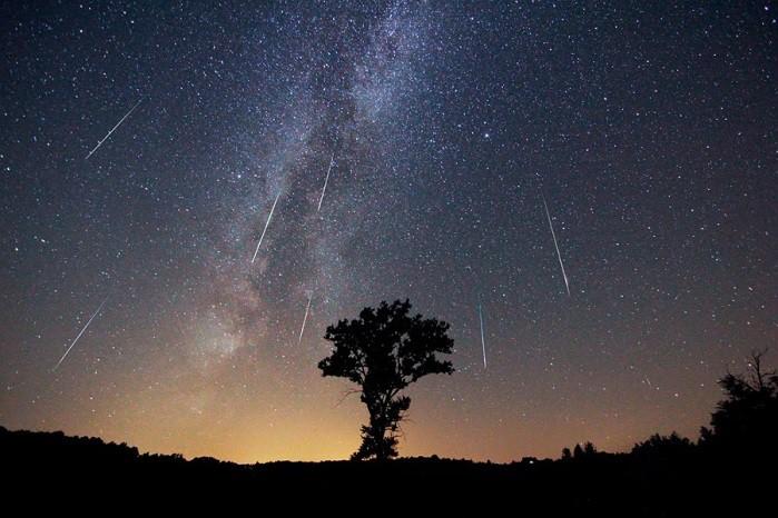 lluvia de estrellas o perseidas