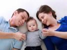 Se necesitan 100 familias para acoger a bebés y niños de hasta 6 años