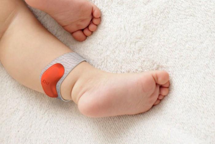 dispositivo inteligente bebé