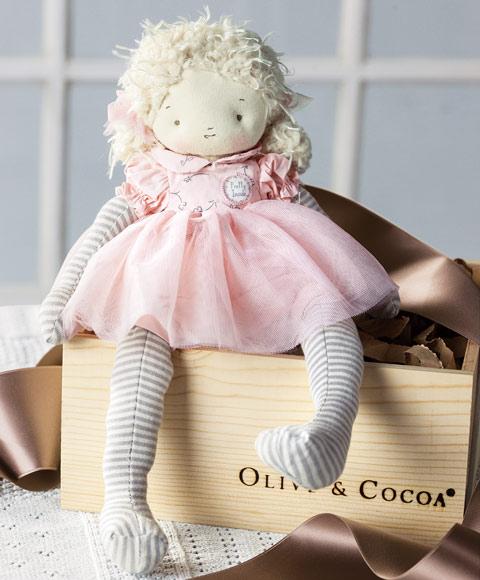 Una suave muñeca para niñas