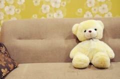 No dejemos a los bebés dormir en el sofá