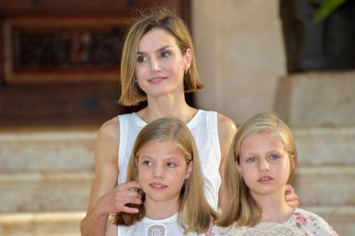 Reina Letizia e hijas