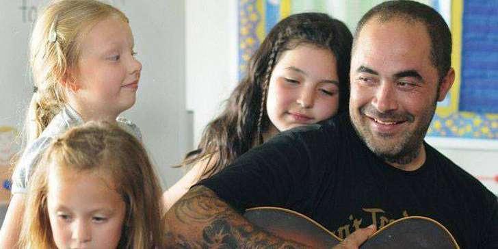 Aaron Lewis e hijas