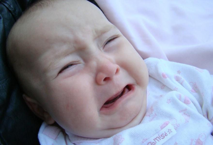 El llanto del bebé puede predecir problemas de salud como la sordera